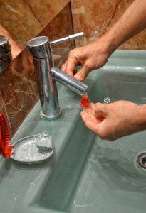 como-limpiar-ortodoncia-invisalign (6)